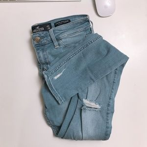 HOLLISTER advanced stretch destroyed low rise
